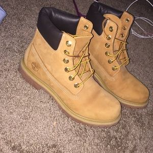 Brand new womens timbs size 7.5
